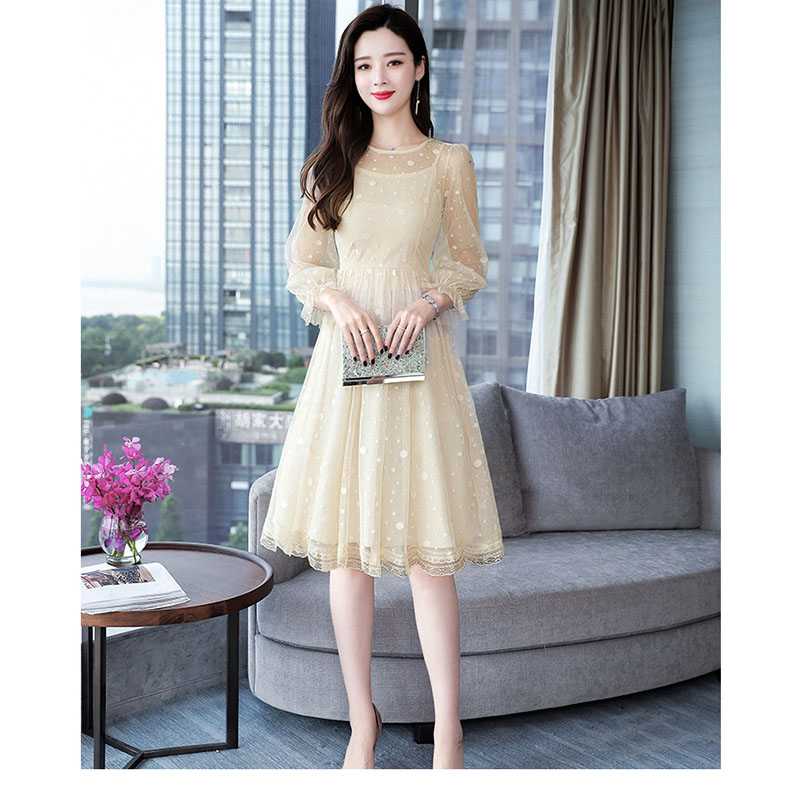 2020 new women's spring long-sleeved lace sexy sweet round neck mesh dots pleated autumn dress fake two-piece strap dress