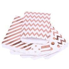 25 Stuks Paper Bags Candy Gift Bag Voedsel Verpakking Kerst Bruiloft Gunst Baby Shower Rose Gold Verjaardagsfeestje Decoratie Behandelen tas
