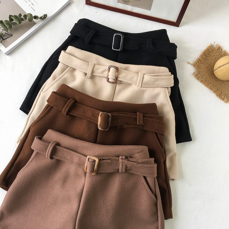 4XL Large Size Women's Woolen Shorts Loose Autumn Winter High Waist Shorts Female Streetwear Warm Winde Leg Shorts Women  Q2126