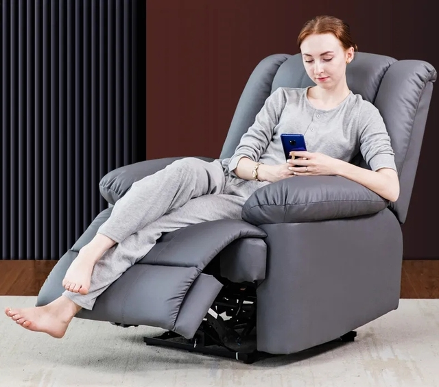 First Class Sofa Manual Swivel Chair 1