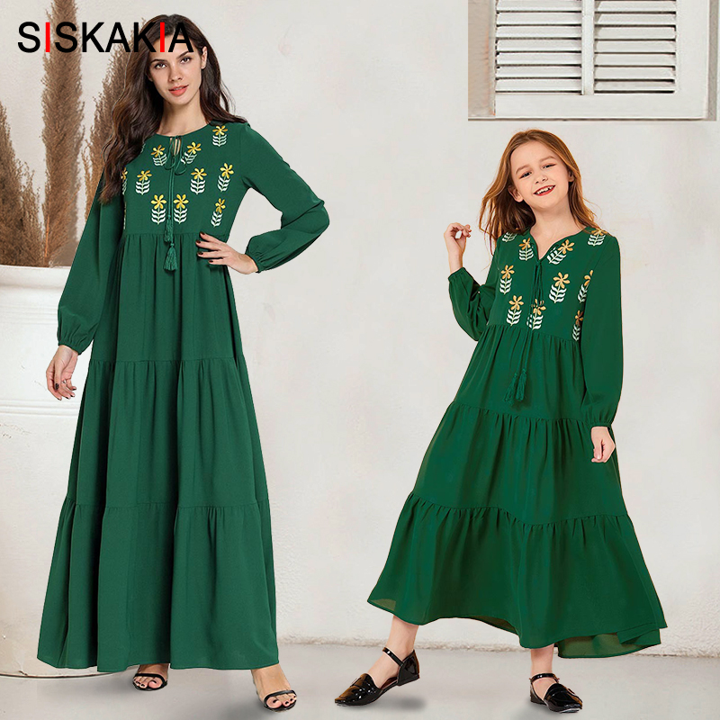 Mom And Daughter Dresses Green Plus Size Full Sleeve Floral Embroidery Maxi Dress Fit And Flare Family Matching Clothes Autumn