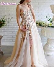 Женское вечернее платье цвета шампанского длинное на одно плечо