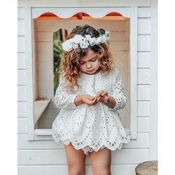 Кружевное платье для новорожденных девочек, детская ажурная одежда, белое платье с длинным рукавом + шорты, платье с круглым вырезом для дев...