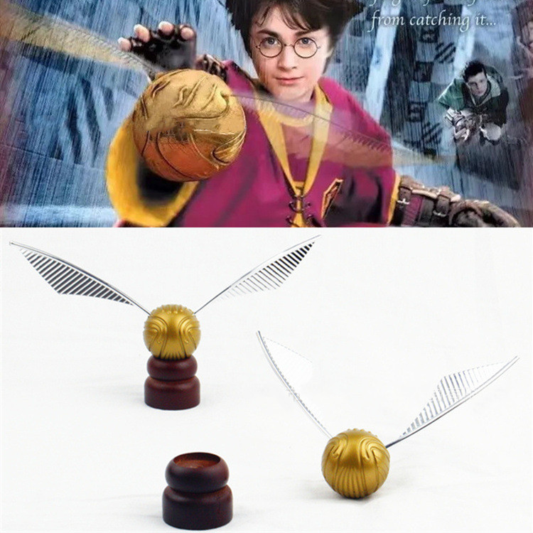 Flying Thief Necklace Fashion Jewelry Movie Potter Cosplay Long Wings Flying Thief Pendant Boy Girl Child Toy High Quality