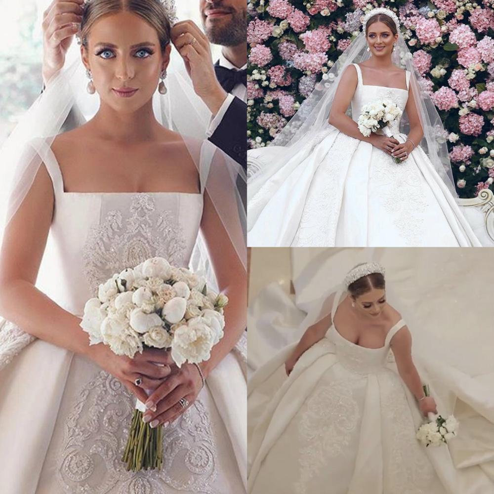 Arabic Crystal Vintage Wedding Dresses Spaghetti Square Neck Beaded Satin Chapel Train Bridal Wedding Gowns Plus Size Robes