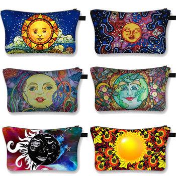 Sun Moon uśmiechnięta twarz kosmetyczka damska torba na kosmetyki duże torby do przechowywania w podróży kosmetyki dla kobiet walizki organizery pudełko na przyrządy do makijażu tanie i dobre opinie COOLOST Poliester CN (pochodzenie) 13inch Floral 15inch zipper Moda Poduszki 0 05kg 20200925