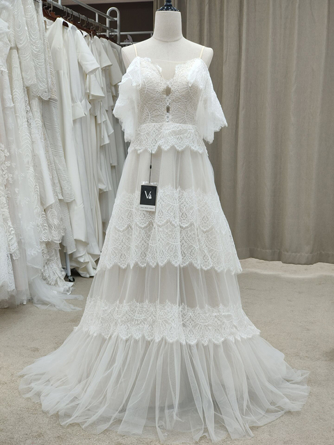 Spaghetti Straps Backless Bohemian Boho Beach Wedding Dresses Nude Champagne Off the Shoulder Bridal Dresses vestidos de renda 3
