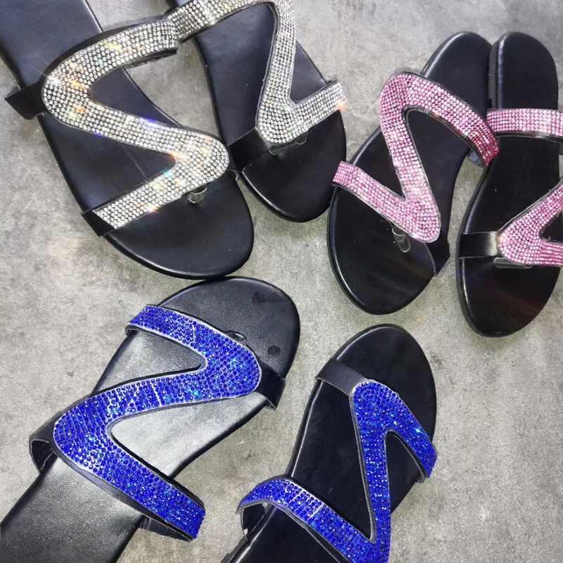 Oeak kadın terlik sandalet düz topuk rahat ayakkabılar açık olmayan kayma kadın slaytlar plaj terlikleri sandalet Sapato Feminino