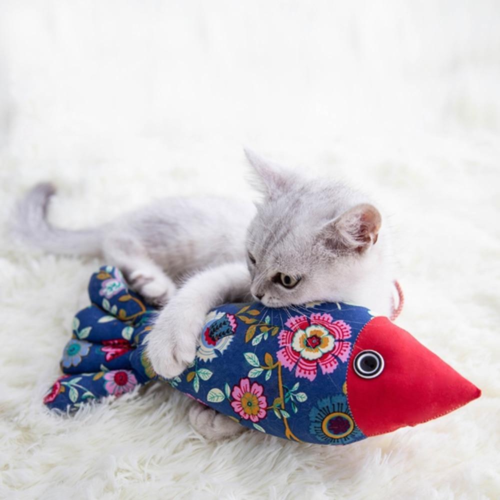 Pet Fish Shape Cats Catnip Toys Fancy Simulation Fish Pillow Pet Interactive Training Toys Cat Supplies