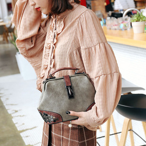 Image 3 - Bandolera de piel sintética con diseño clásico Vintage para mujer, de alta calidad bolso de hombro, informal, con asa superior