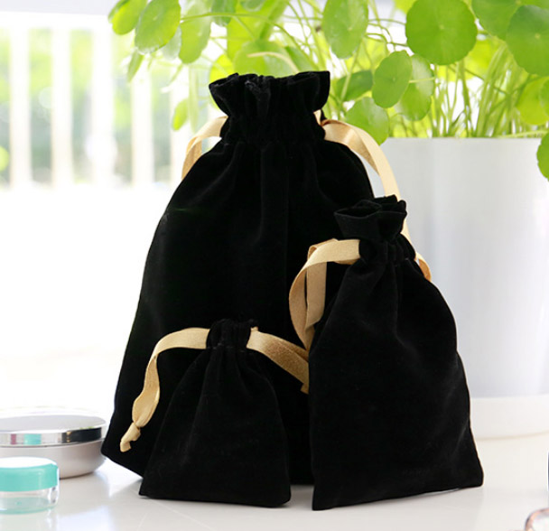 Gold Ribbon Black Velvet Gift Bag 7x9cm 9x12cm 11x16cm 18x22cm Pack Of 50 Makeup Jewelry Drawstring Pouch
