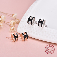 100% Silver 925 Letter H Stud Earring Rose Gold Color with black jewelry
