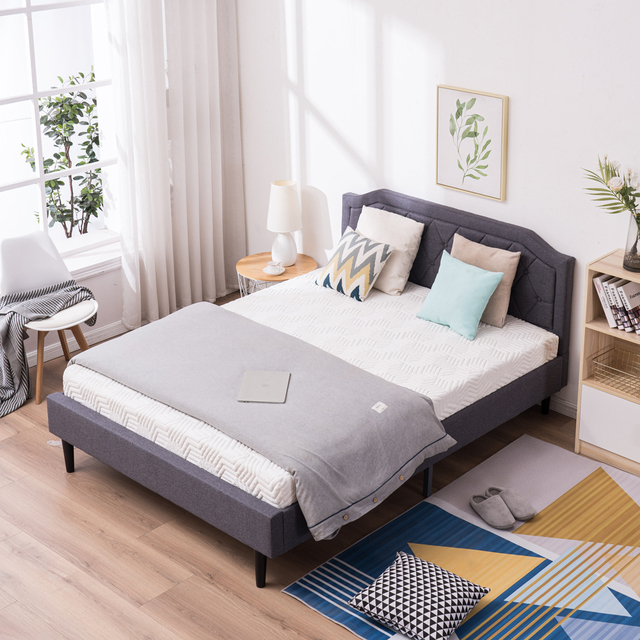 Upholstered Bed with Diamond Buckle Decoration 6