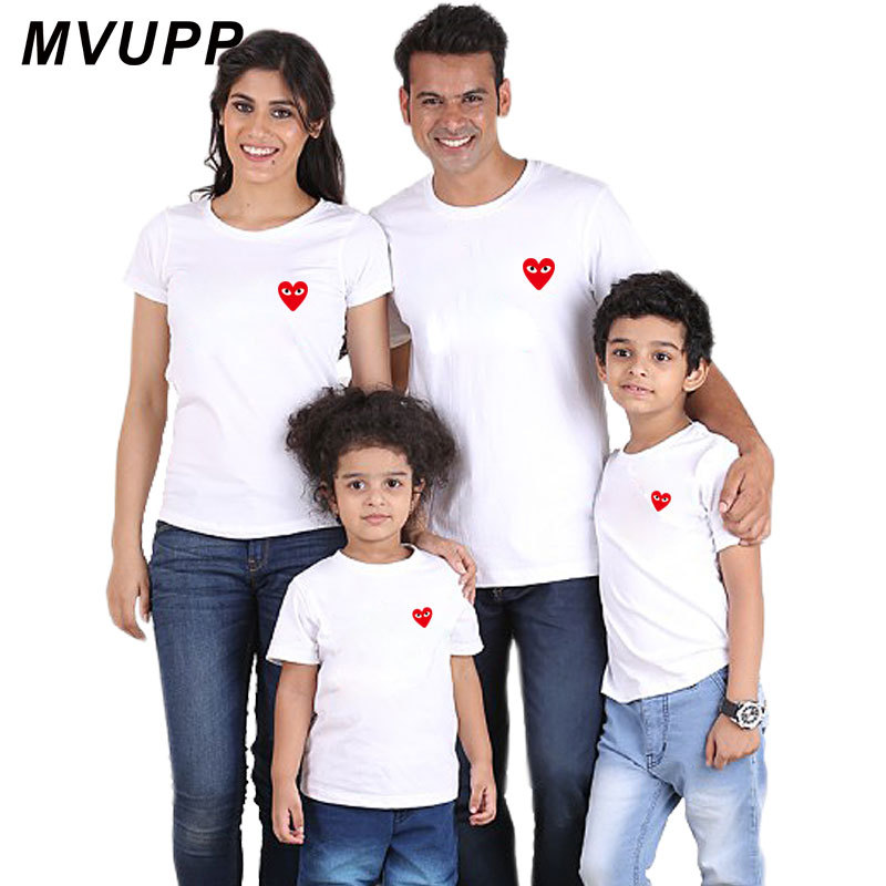 Cartoon Heart Family Look T-shirt Father Son Baby Girls Boy Mother And Daughter Clothes Mum Kids Family Matching Outfits