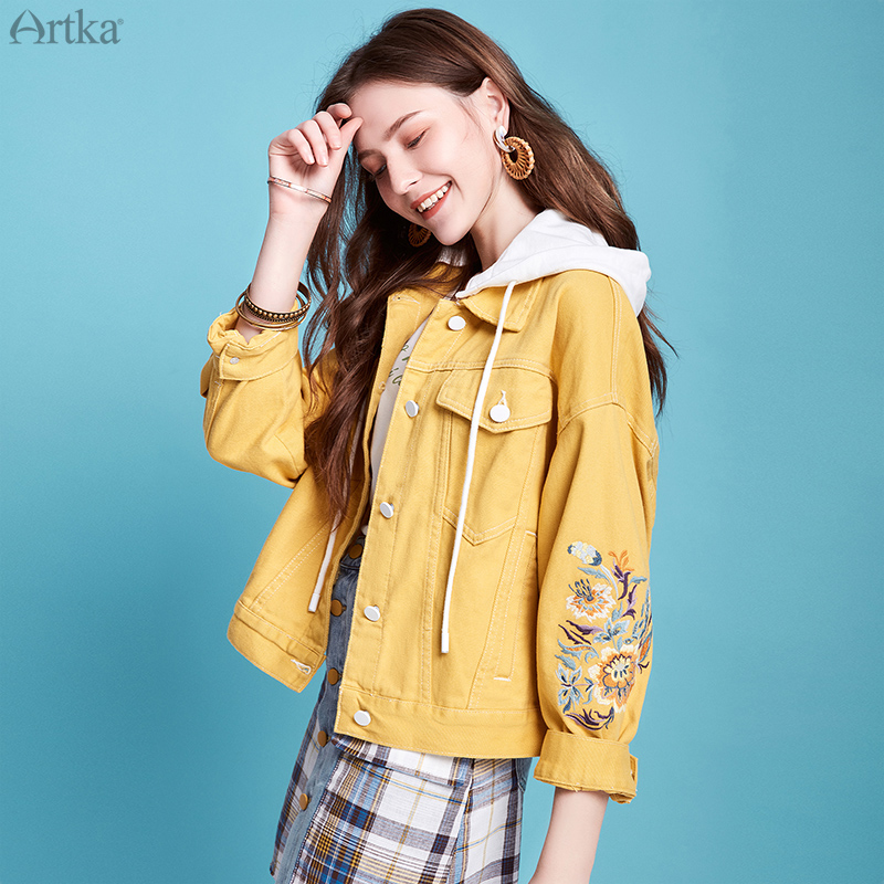 ARTKA 2020 Spring New Women Denim Jacket Vintage Flower Embroidery Hooded Denim Coat Casual Loose Denim Jackets Women WN20001C