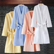 Satılık kadın yaz su emme Kimono bornoz Femme seksi moda Waffle bornoz severler sabahlık nedime bornozlar