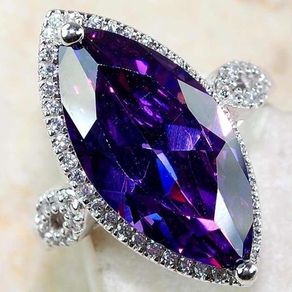 Huitan Luxury Single Stone Ring Charm Mysterious Bright Purple Marquise AAA Stone Women Cocktail Party Rings Fashion Engagement