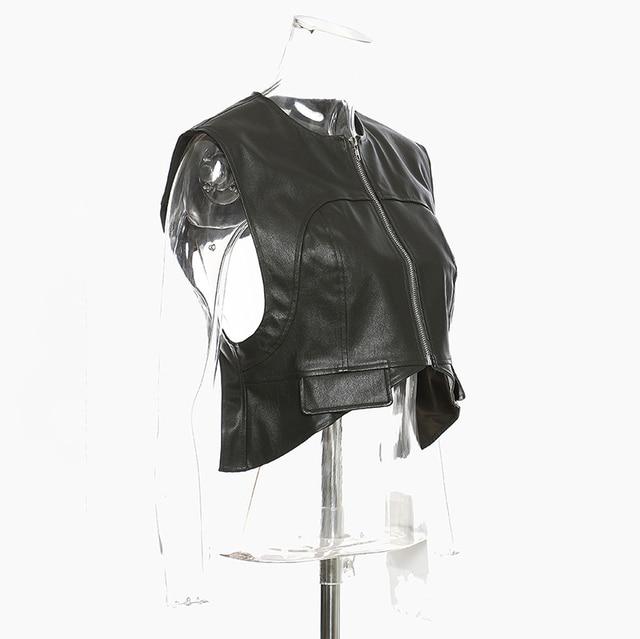 [EAM] Women Loose Fit Irregular Pu Leather  Zipper Vest New Round Neck Sleeveless Fashion Tide Spring Autumn 2021 1DD0726 4