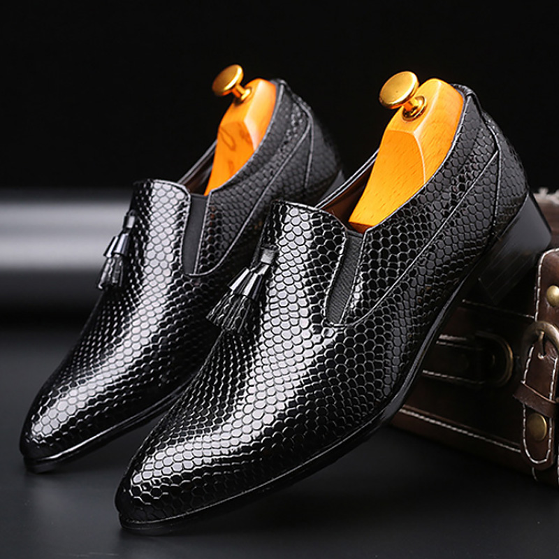 Men's Shoes Casual Shoes Men Leather Snake Print Tassels Loafers Social Shoes Luxury Brand Sturdy Sole Comfortable