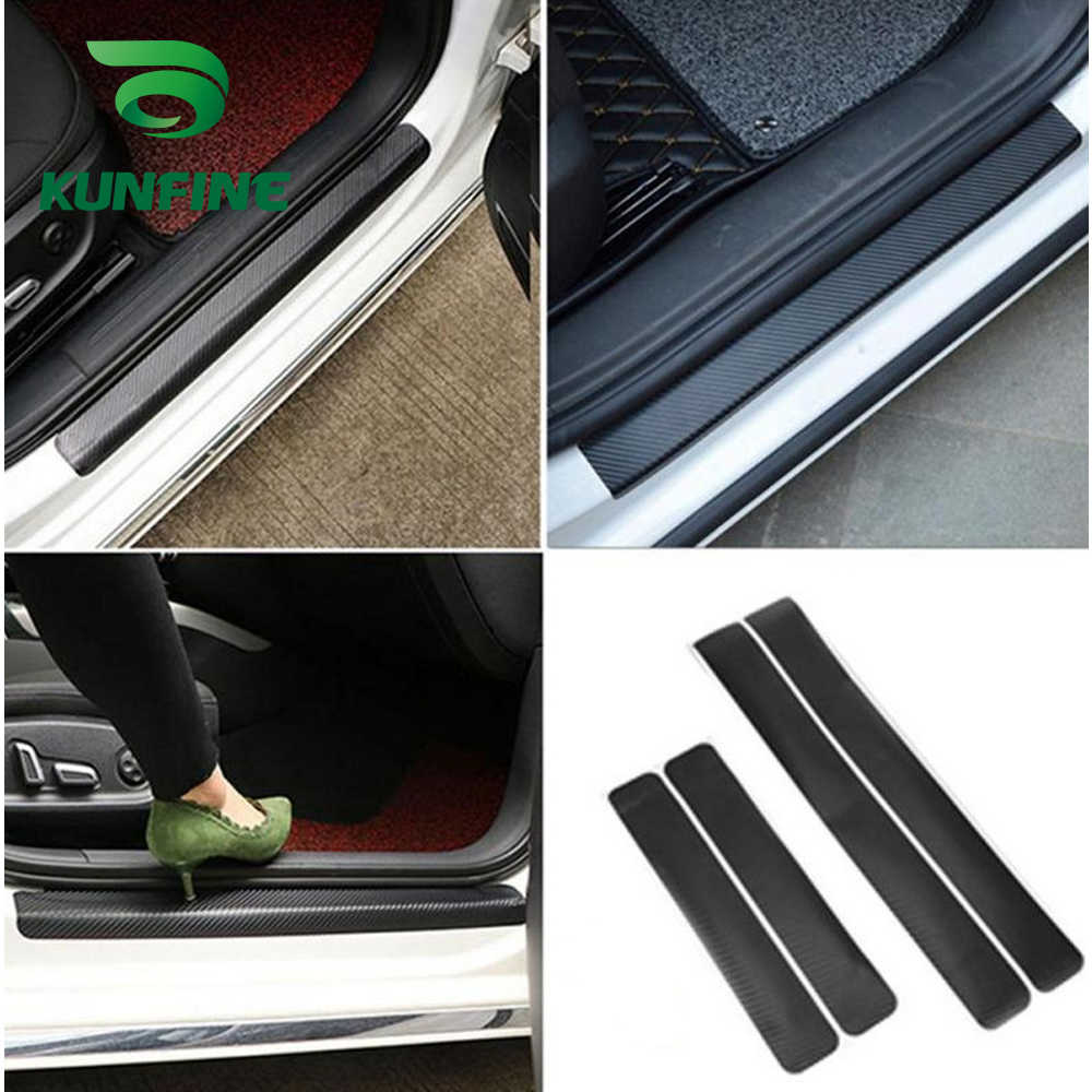4 adet evrensel 3D karbon lehimleme araba pedalı çıkartmalar evrensel eşiği itişme Anti Scratch karbon Fiber otomatik kapı Sticker çıkartmaları