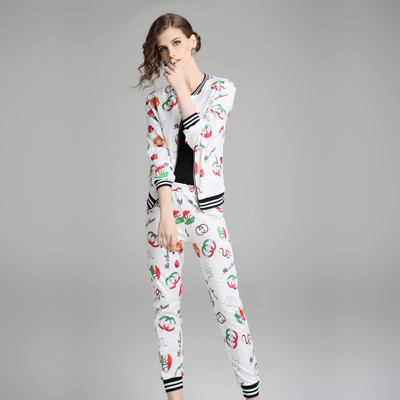 Photo Shoot-Ozhouzhan Boutique Europe And America WOMEN'S Dress 2018 New Products Printed Coat + Casual Pants WOMEN'S Suit