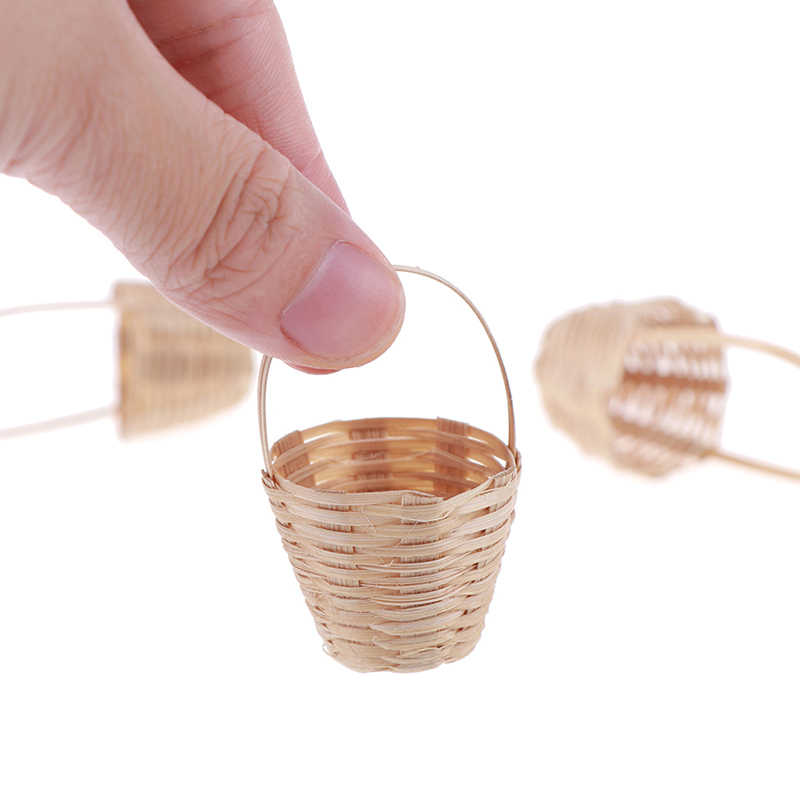 1/12 Dollhouse Miniature Accessories Mini Bamboo Basket Simulation Food Basket Model Toys for Doll House Decoration New