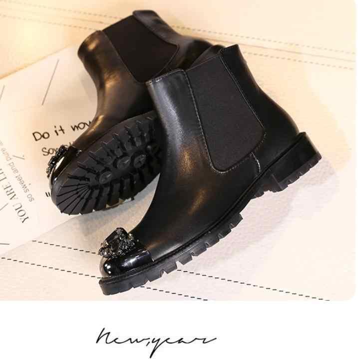 Çizmeler kadın kış Botas Mujer deri yarım çizmeler kadınlar için Rhinestone Sapato Feminin oymak yuvarlak ayak bayanlar ayakkabı Zapatos De Mujer
