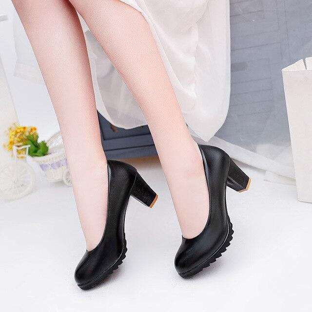 2020 printemps cuir verni chaussures simples femmes bout rond talon épais pompes 6cm cuir chaussures confortables