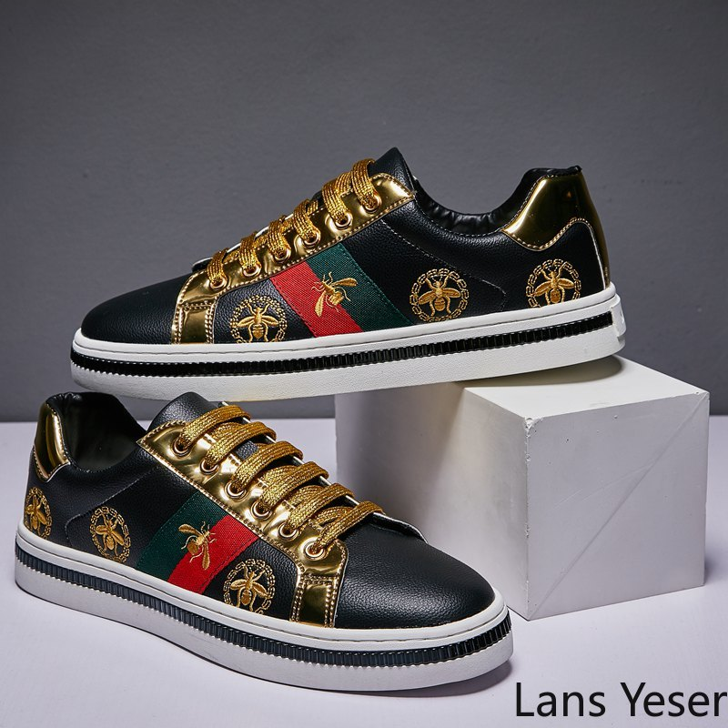 2020 Design Superstar White Golden Bee Embroidery <font><b>Skateboarding</b></font> <font><b>Shoes</b></font> Men Driving Trainers Classic Glitter Women Sneakers Casual image