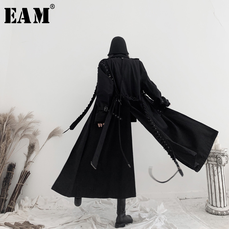 [EAM] Women Black Bandage Big Size Long Trench New Lapel Long Sleeve Loose Fit Windbreaker Fashion Spring Autumn 2020 19A-a542
