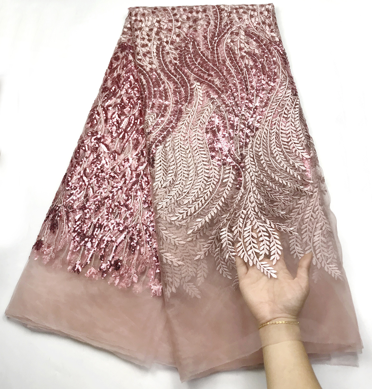 Newest Embroidery nigeria Lace fabric 2020 high quality lace New style French tulle lace fabric African sequins lace fabric