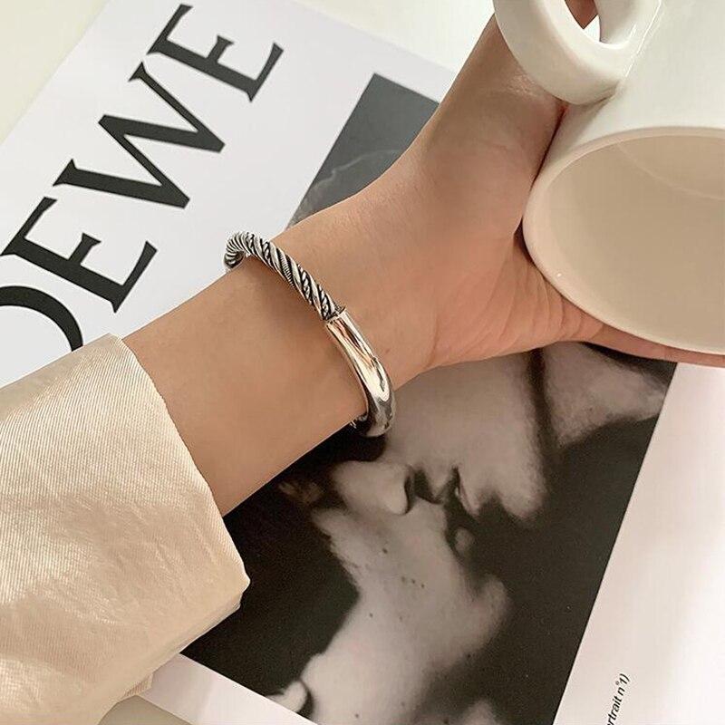 XIYANIKE-pulsera de plata de ley 925 lisa con giro para mujer, apertura sencilla, Retro, accesorios de joyería