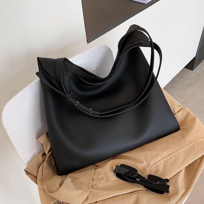 Купить вместительные зимние сумки через плечо из искусственной кожи