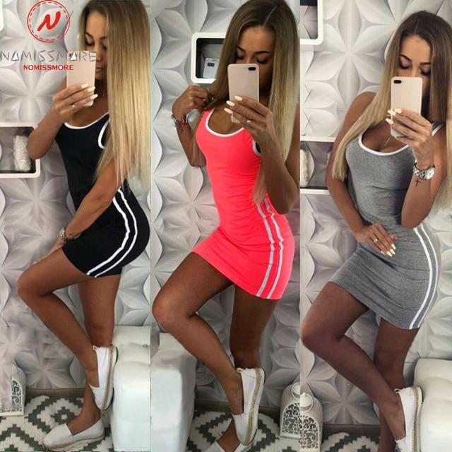 Women Casual Sport Dress Patchwork Design Side Stripe Decor O-Neck Slim Mini Sportswear Tennis Mini Dress 1
