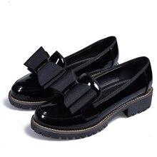 Motylkowy węzeł kobiet płaskie buty Plus rozmiar 42 okrągłe Toe jasna skóra buty kobieta styl angielski wiosna luksusowe mokasyny