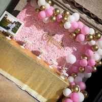 Di seta Rosa Della Parete Del Fiore Sfondo Muro Fiore Artificiale Decorazione di Cerimonia Nuziale Palloncini In Lattice Della Parete Del Fiore Del Bambino Doccia Sfondo