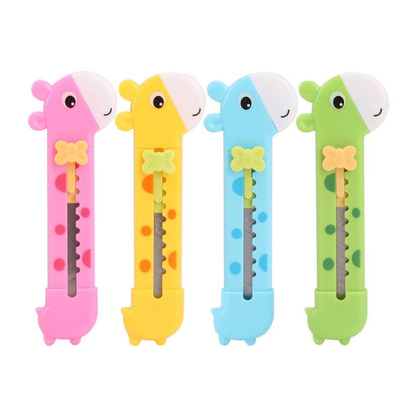 Deli 2022 Students Knife Giraffe Modeling Cute Cartoon Knife Handmade Children Utility Knife