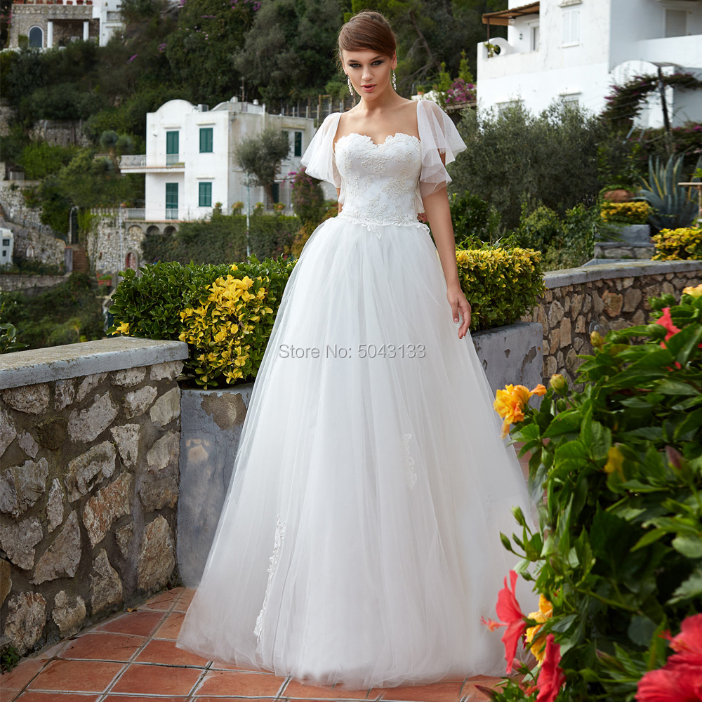 A Line Soft Tulle Wedding Dresses Sexy Sweetheart Lace Appliques Ruffles Sleeves Floor Length Bridal Gowns Formal Bride Dress