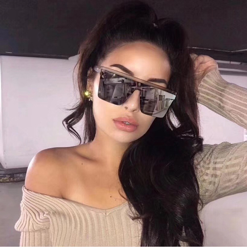 Kim Kardashian Square Sunglasses Women Vintage Retro Flat Top Shield Black Sun Glasses Female Luxury Designer Oversized