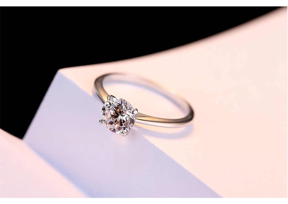 Klassische 925 Sterling Silber Vier krallen 2ct Runde cut Diamant Hochzeit Engagement Cocktail Frauen Moissanite Ringe Edlen Schmuck