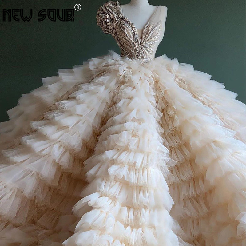 Chic Design Puffy Beige Ruffles Evening Gowns 2020 Aibye Dubai Flower Appliques Beaded Party Dress Prom Dress Robe De Soiree New