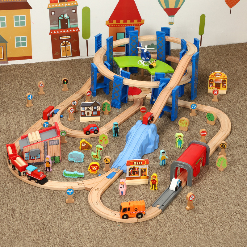 Wooden Small Train Track Circular Pier Green Garage Cargo Toy Children's Train Birthday / Holiday Gift Wooden Track