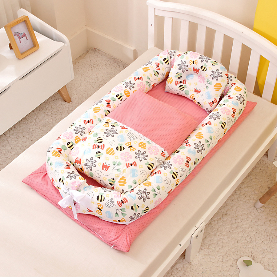 90*55cm Portable Foldable Baby Bed Newborn Bionic uterus bed Travel Baby Nest Baby Travel Cot With Quilt