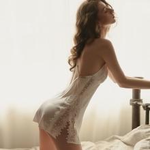 セクシーなディープ V の誘惑背中哀悼薄い氷の絹水溶性の花部屋着寝間着女性