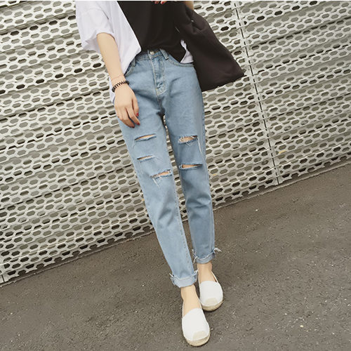 South Korea Students BF Style Capri Jeans Women's With Holes Loose Pants Casual Loose-Fit Revers Harem Pants 6615