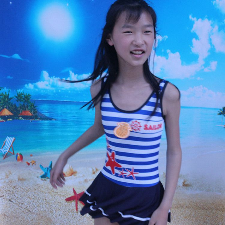 2018 KID'S Swimwear Students GIRL'S Swimwear New Style Korean-style Dress-Big Boy Tour Bathing Suit