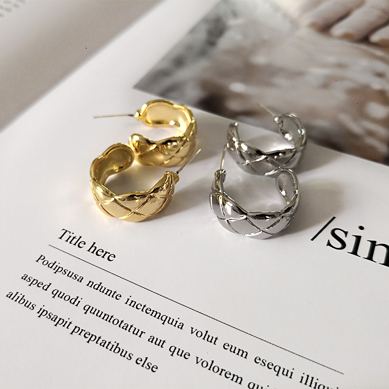 Korean cool Simple Semi-circle C-Shaped Earrings round c alloy fashion jewelry small hoop plated huggie earrings