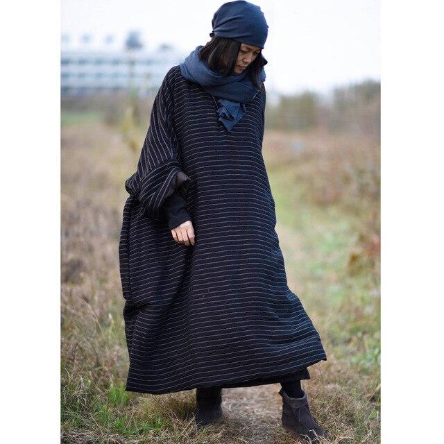فستان نسائي شتوي مقاس كبير مخطط برقبة على شكل V فساتين نسائية بخطوط كبيرة الحجم من القطن والكتان فستان نسائي طويل مقاس 2020