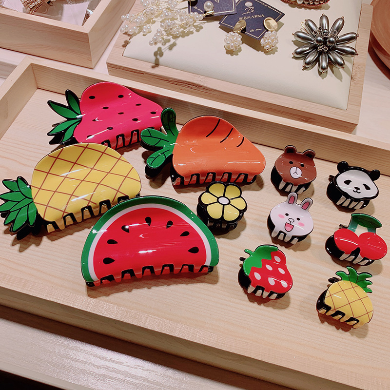 Lovely Fruit Shape Hair Claws Clip Women Mini Pineapple Strawberry Acrylic Hairpins Small Catch Clip Girl Sweet Hair Accessories