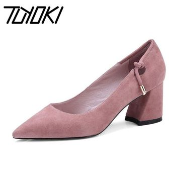 Tuyoki Office Ladies Real Leather Pumps Pink Chunky Heels Shallow Party Shoes Spring Brand Hot Sale Pumps Footwear Size 34-39